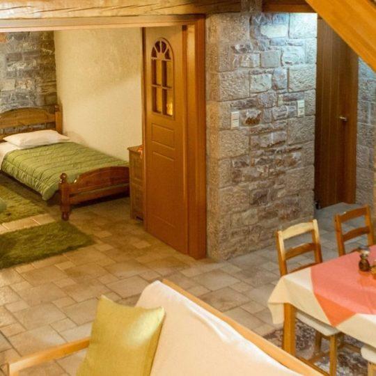 http://winter1b.hotel-sites.bookoncloud.com/wp-content/uploads/sites/99/2016/02/chelmos0005-540x540.jpg