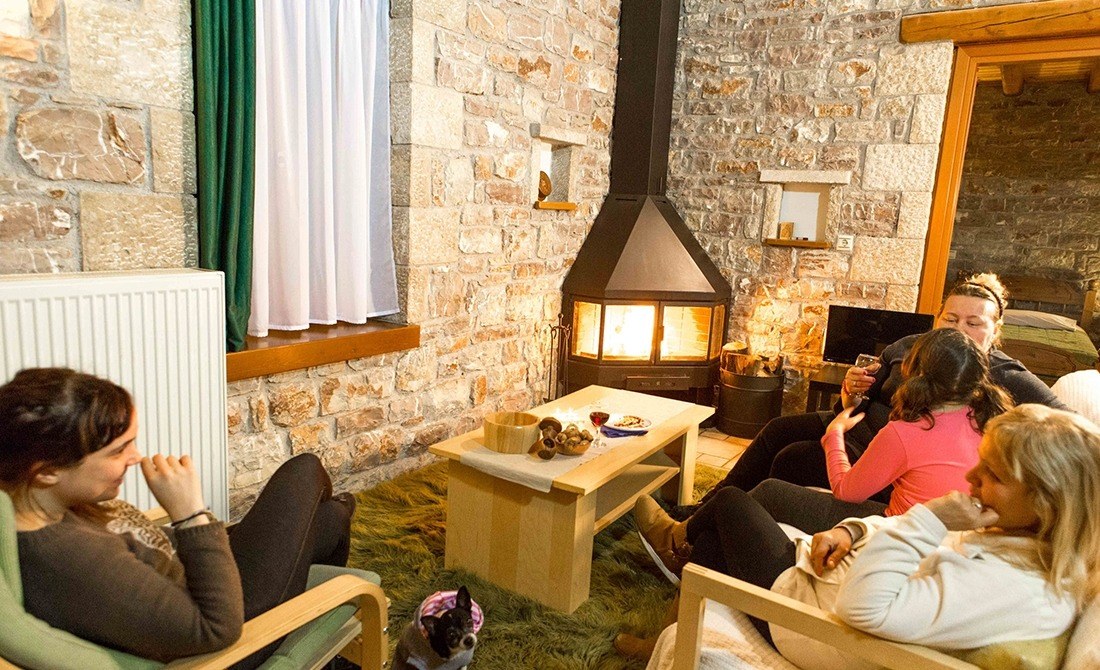 http://winter1b.hotel-sites.bookoncloud.com/wp-content/uploads/sites/99/2016/02/klokos_saloni-5-2-1.jpg